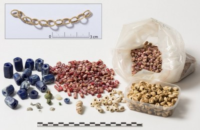 Figure 5. Glass and copper beads and seashells (<i >Pusula depauperata</i>), as well as a gold chain; tomb 8 (female, 40–60 years old), Kindoki (pictures made at the Royal Institute for Cultural Heritage (IRPA/KIK)—Brussels).