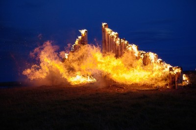 Figure 6. The conflagration of the Caithness tomb façade at dusk: creating our own flashbulb memories? (Photograph: Alex Carnes.)